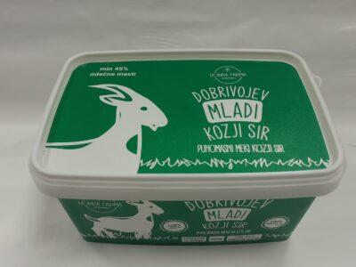 mladi kozji punomasni sirr