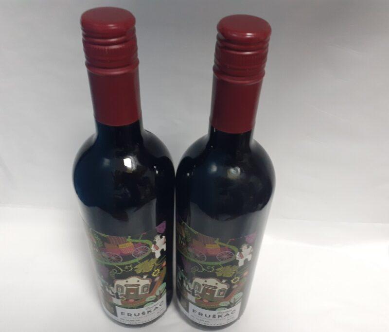fruškać suvo stono crveno vino